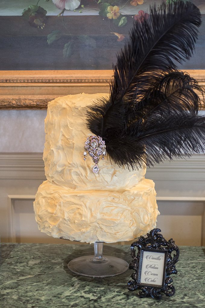 art deco cake | Star Noir Studio | see more on Glamour & Grace