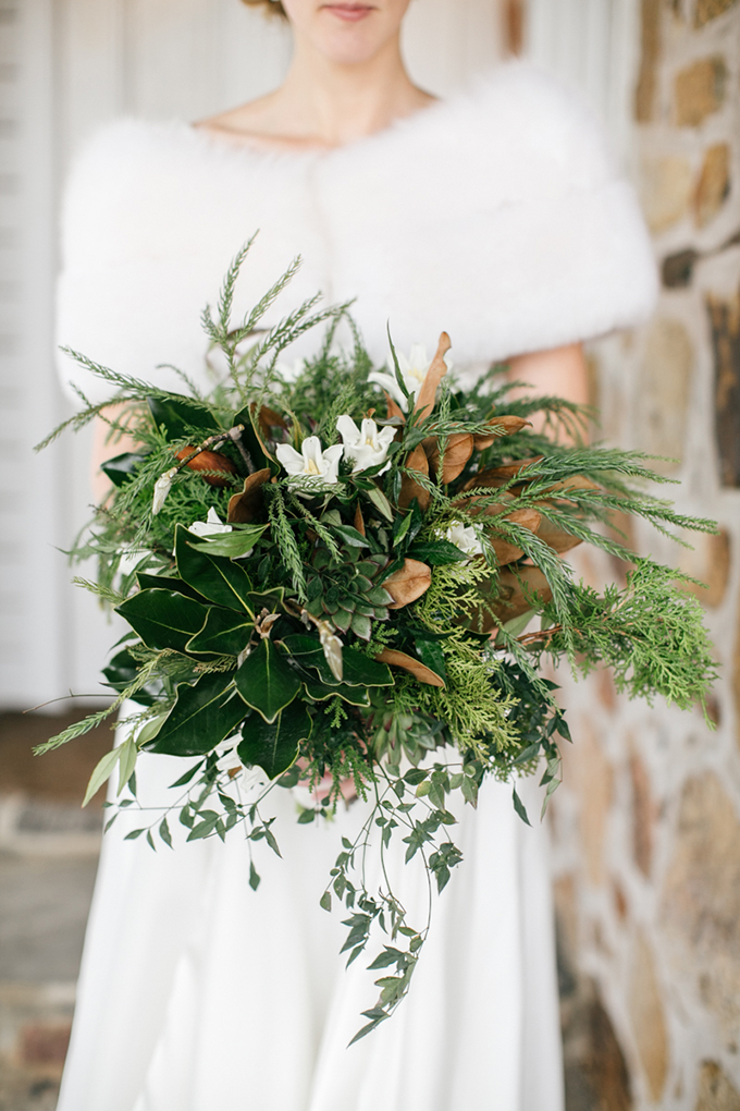winter bouquet | Emily Wren Photography | Glamour & Grace