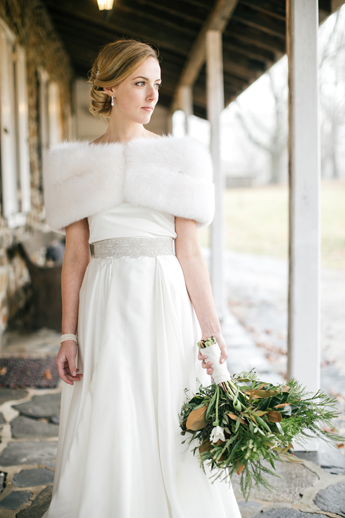 neutral winter wedding | Emily Wren Photography | Glamour & Grace