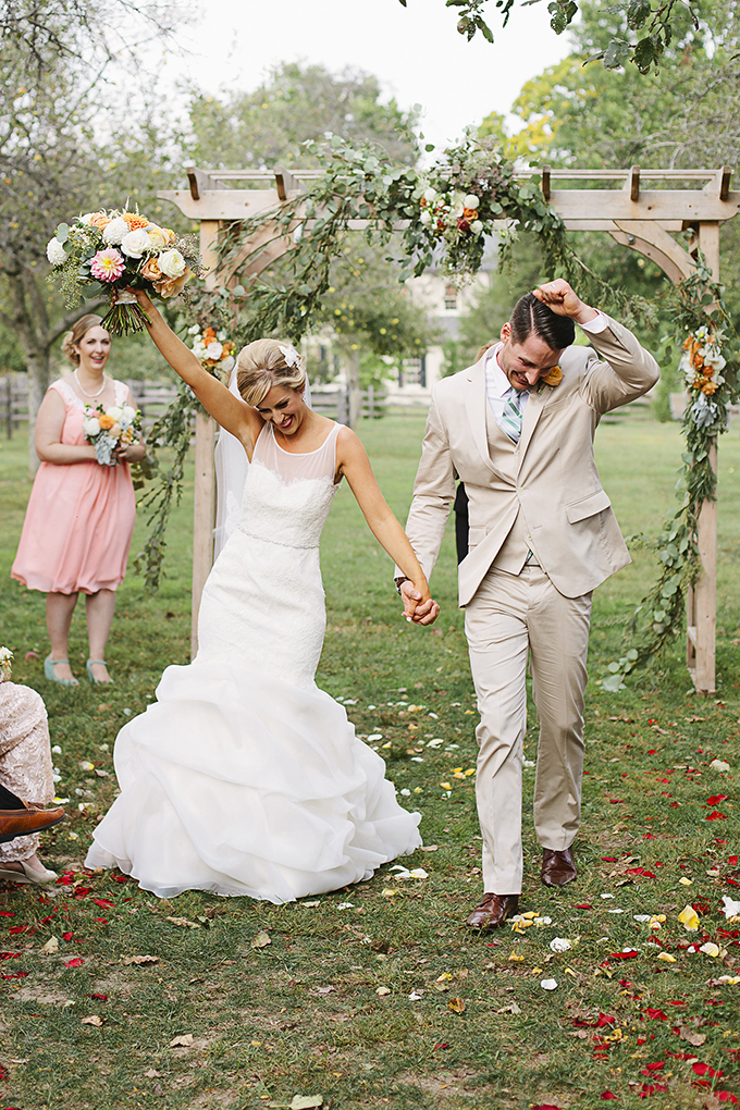 orange barn wedding | Brooke Courtney Photography | Glamour & Grace