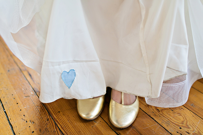 something blue heart | Megan Vaughan Photography | Glamour & Grace