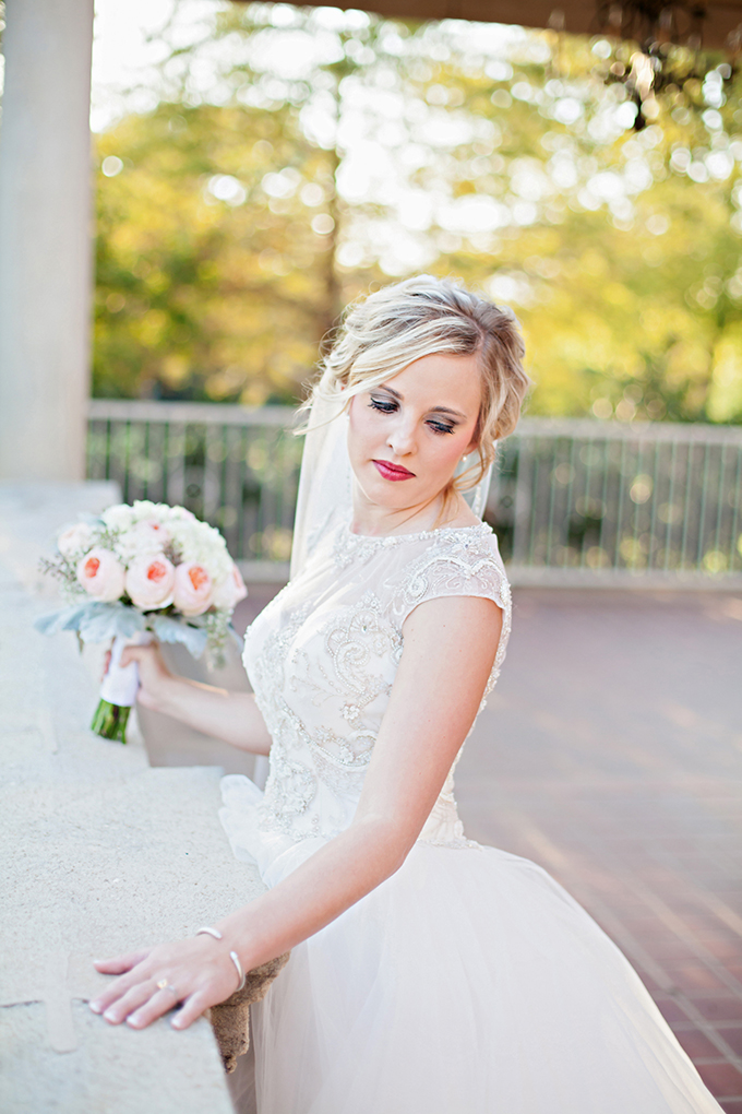 glam garden bridal session | Kristen Edwards Photography | Glamour & Grace