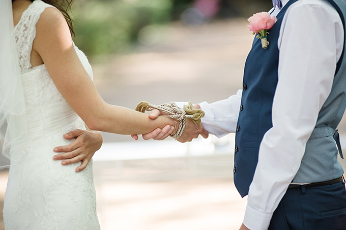 handfastening ceremony | Meredith Lord | Glamour & Grace