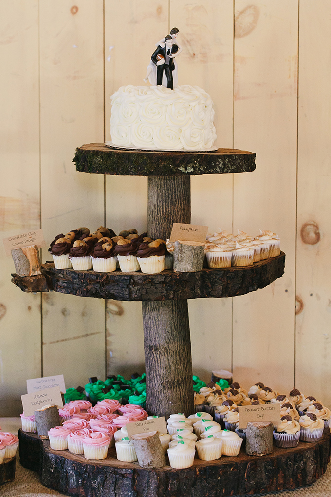 rustic cupcake tower | Jessica Connery Photography | Glamour & Grace