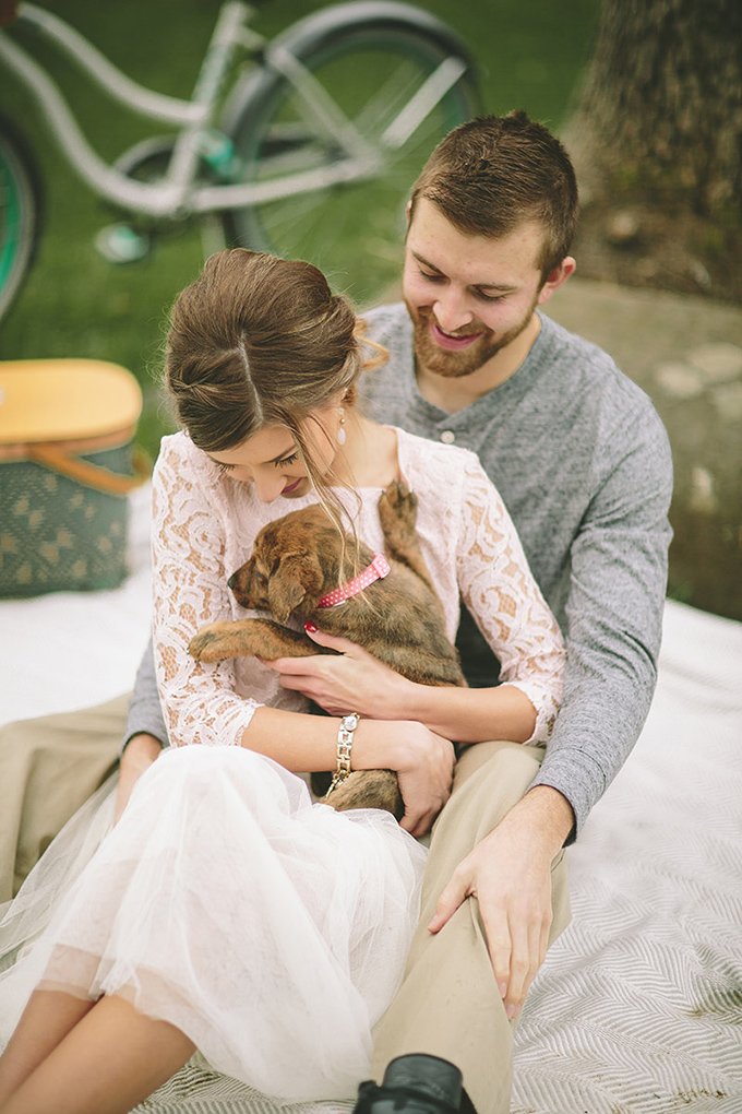 vintage Valentine's engagement session | Dawn Photography | Glamour & Grace