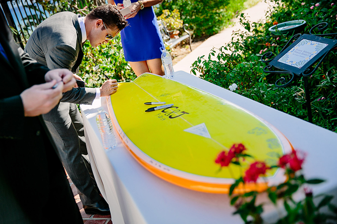 surfboard guest book | Caroline + Ben Photography | Glamour & Grace