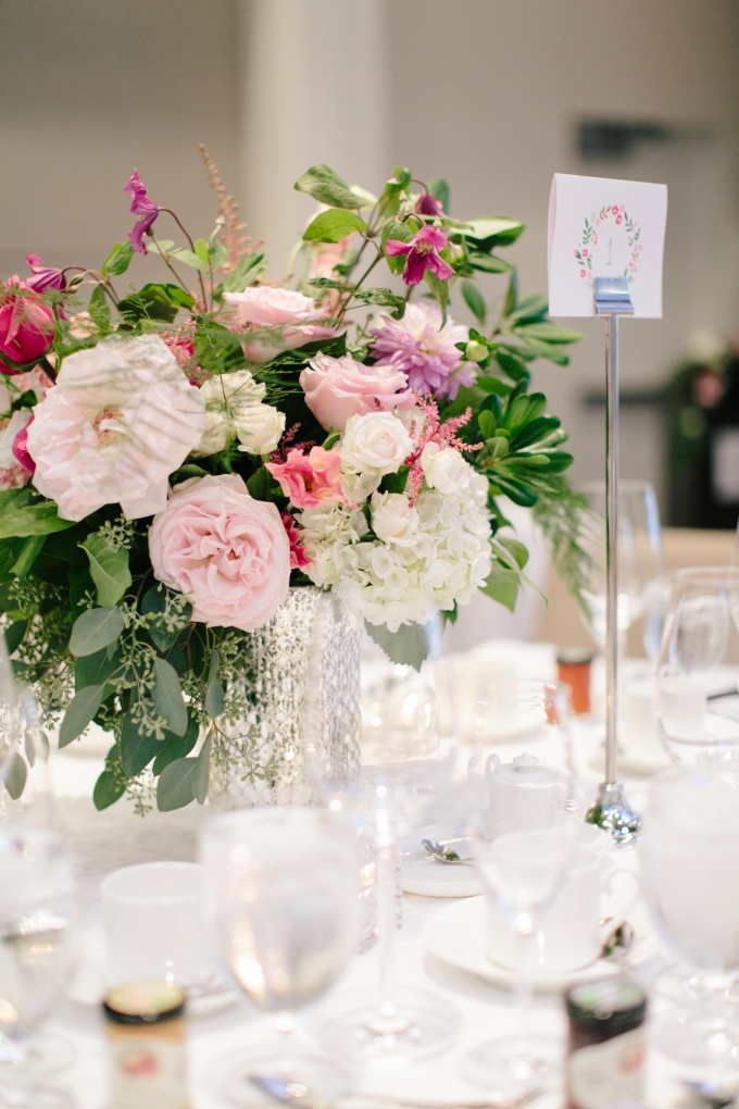 lush pink centerpieces | Jamie Delaine Photography | Glamour & Grace