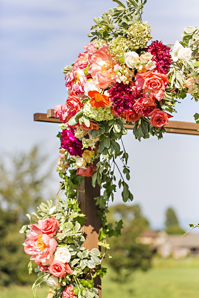 colorful arobor florals | Courtney Bowlden Photography | Glamour & Grace