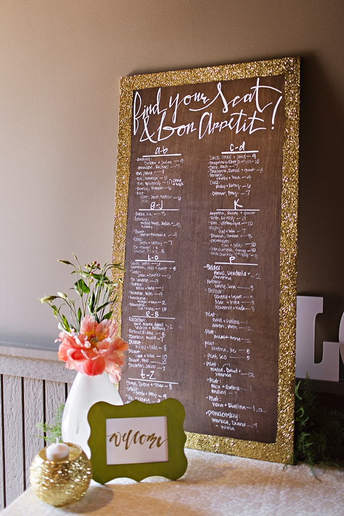 glitter seating chart | Courtney Bowlden Photography | Glamour & Grace