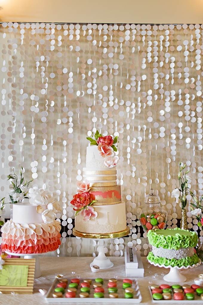 bright green and coral cakes   Courtney Bowlden Photography   Glamour & Grace