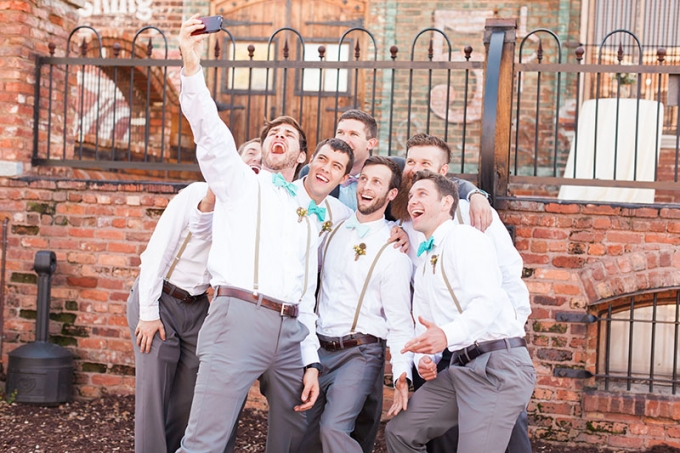 groomsmen selfie | Devon Donnahoo Photography | Glamour & Grace