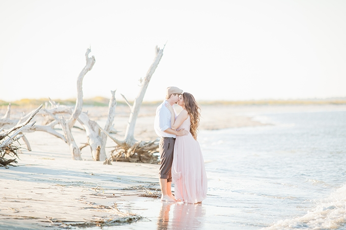 romantic beach engagement | K A T S P H O T O S | Glamour & Grace