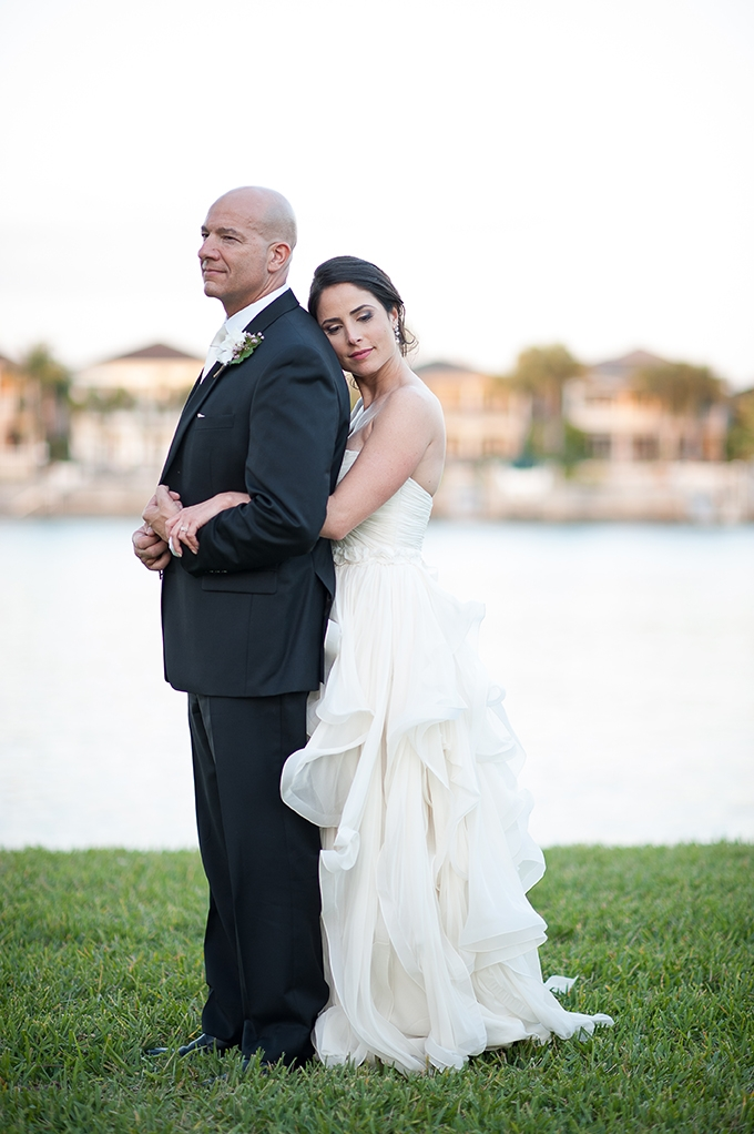 romantic garden wedding   Roohi Photography   Glamour & Grace