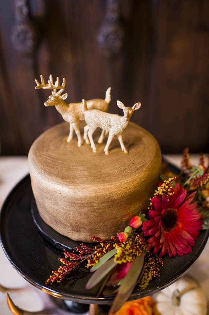 rustic cake | Barrie Anne Photography | Glamour & Grace