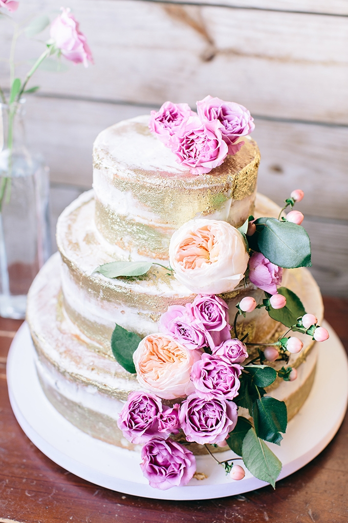 gold leaf cake | Shalese Danielle Photography | Glamour & Grace