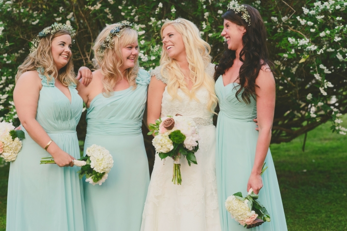 mint bridesmaids | Jessie Holloway Photography | Glamour & Grace