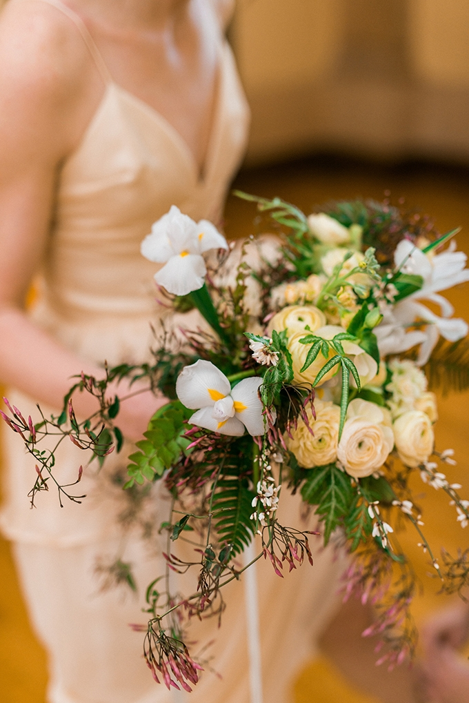 organic bouquet | Everlasting Love Photography | Glamour & Grace