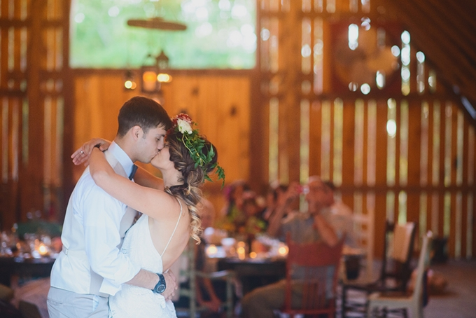 boho vow renewal | Jessie Holloway Photography | Glamour & Grace