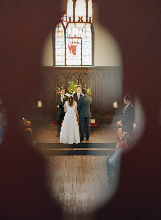 intimate autumn wedding | Blueberry Creative | Glamour & Grace