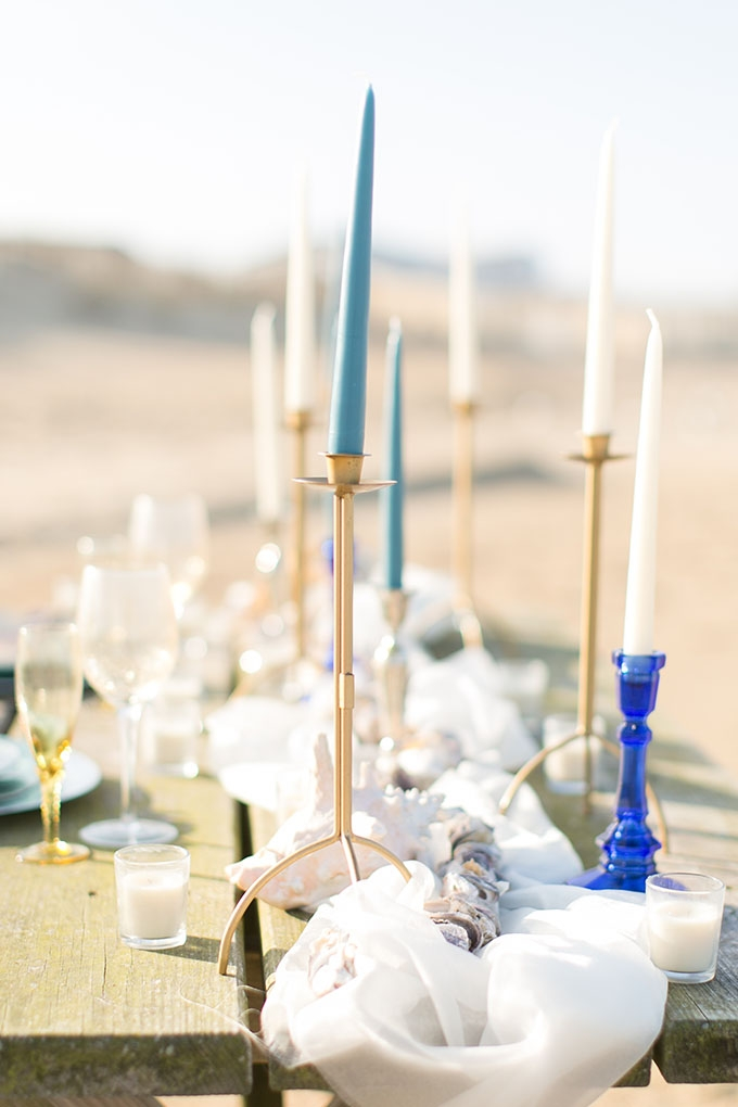 romantic beach centerpiece | Amanda Hedgepeth Photography | Glamour & Grace
