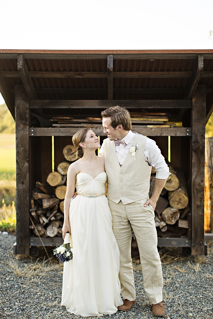 rustic barn wedding | Courtney Bowlden Photography | Glamour & Grace