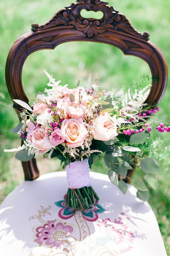 pink bouquet | Nikki Santerre | Glamour & Grace