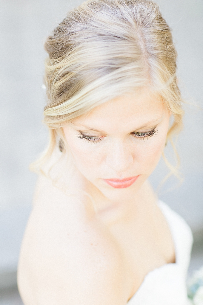 soft make up | Bee Mine Photography | Glamour & Grace