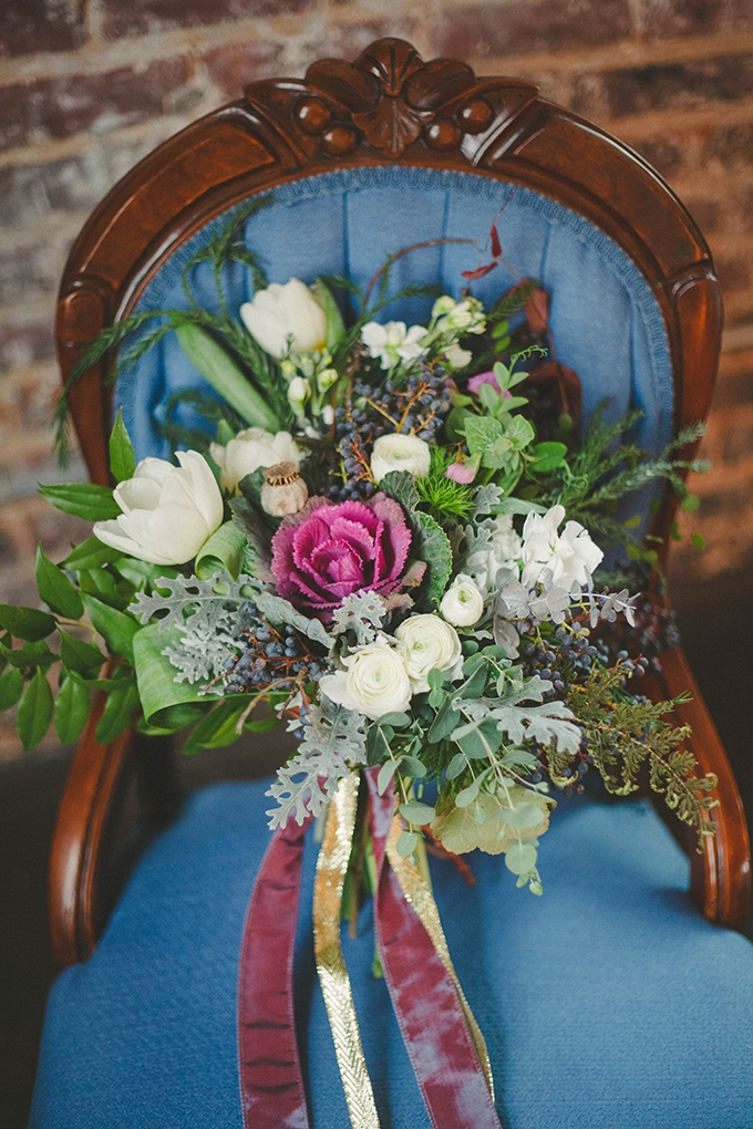 burgundy and white bouquet | Elizabeth Marie Photos | Glamour & Grace