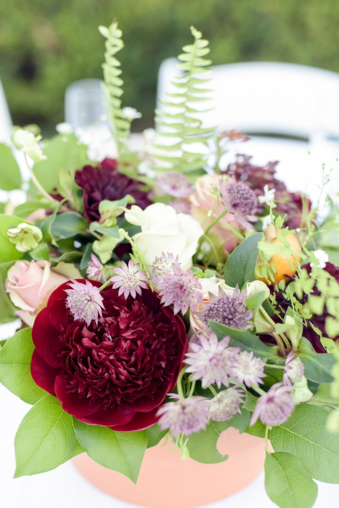 red centerpiece| Jenny Smith & Co. | Glamour & Grace