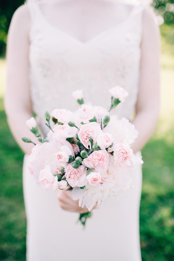 pink DIY bouquet   Jamie Mercurio Photography   Glamour & Grace
