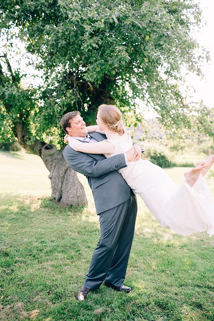 DIY summer camp wedding | Jamie Mercurio Photography | Glamour & Grace