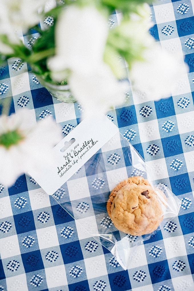 handmade cookie favors | Jamie Mercurio Photography | Glamour & Grace