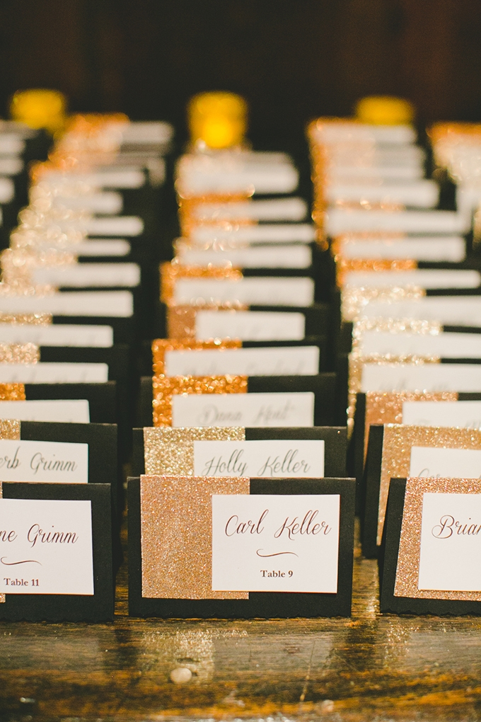 glitter escort cards | onelove photography | Glamour & Grace