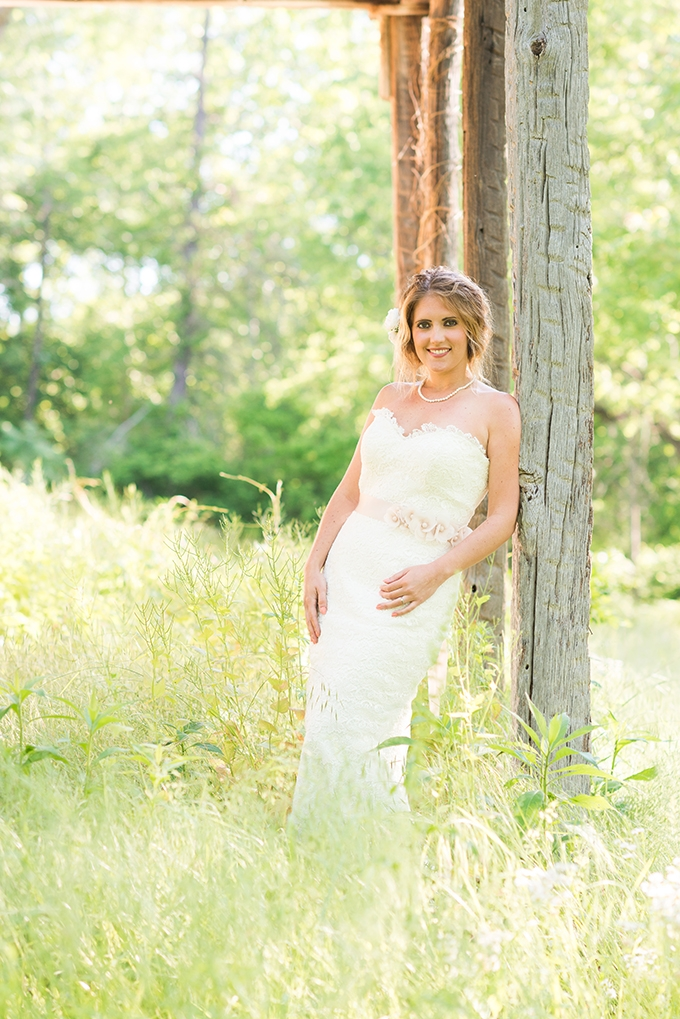 farm bridals | Stacy Smith Evans Photography | Glamour & Grace