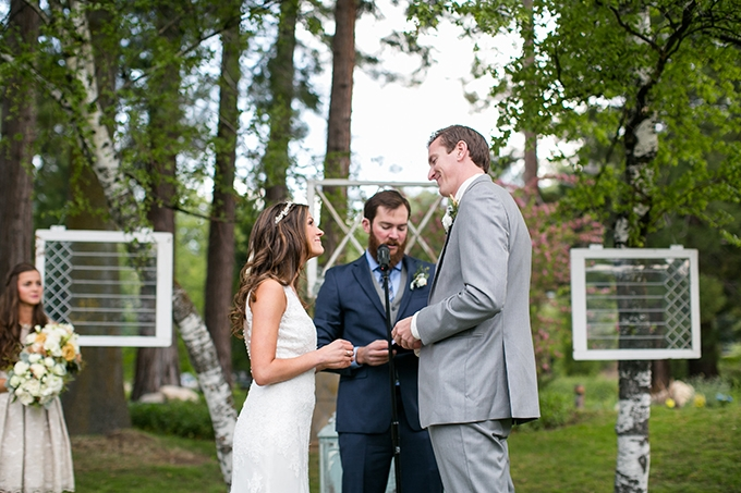 handmade lakeside wedding | Anna Marks Photography | Glamour & Grace