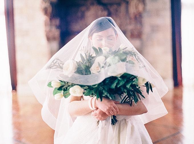 romantic bridal inspiration   Nikki Santerre Photography   Glamour & Grace
