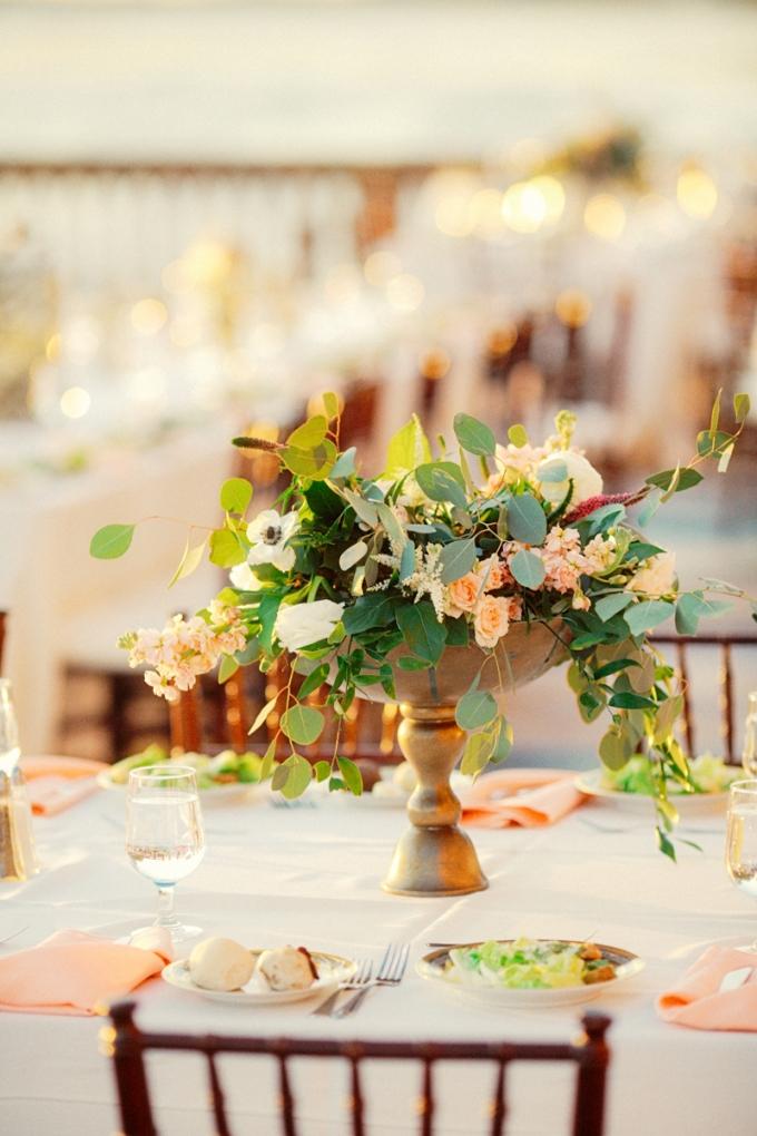 romantic pink centerpieces   Binaryflips Photography   Glamour & Grace