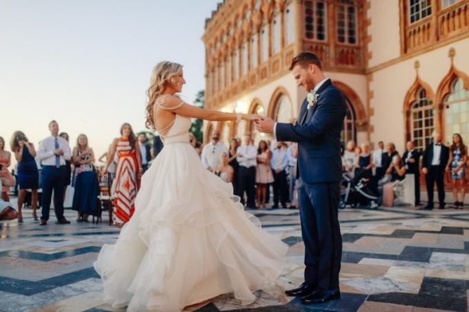 Wedding Dresses Sarasota Fl 74 Cool romantic glam Florida wedding