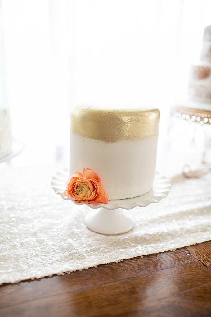 gold cake | Michele Shore Photography | Glamour & Grace