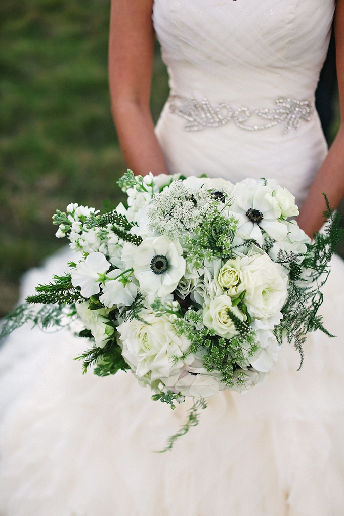 white bouquet | Christina Carroll Photography | Glamour & Grace