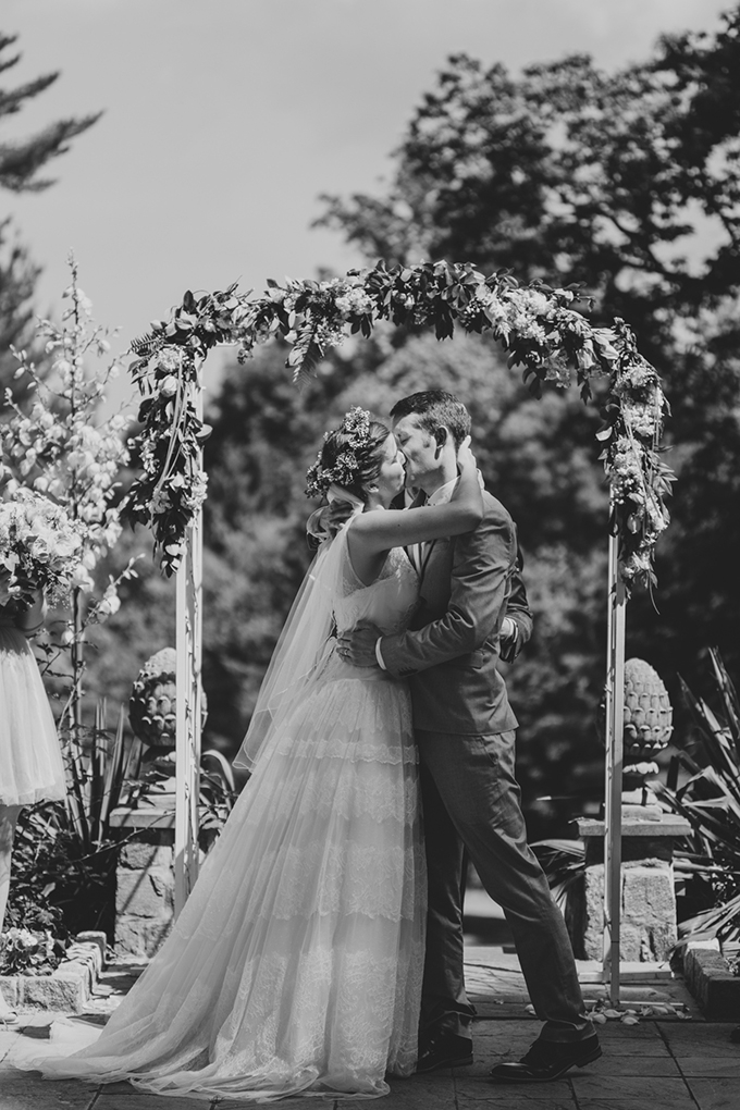 intimate garden wedding | L.A. Birdie Photography | Glamour & Grace