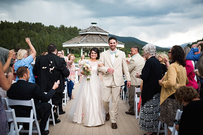 intimate vintage mountain wedding | Green Blossom Photography | Glamour & Grace