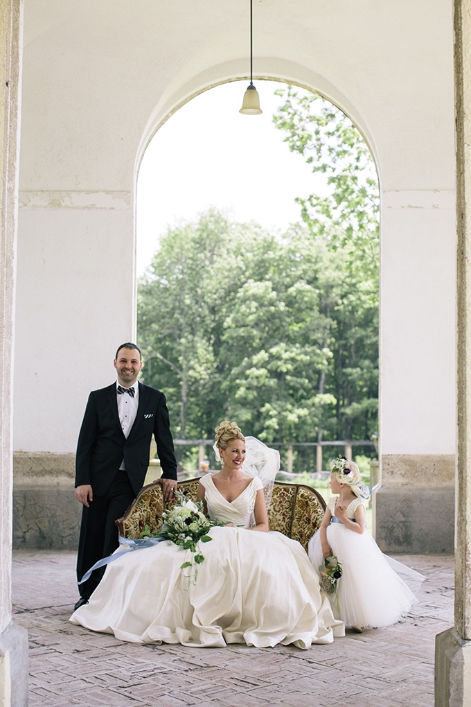 romantic manor wedding inspiration | Kate Preftakes Photography | Glamour & Grace
