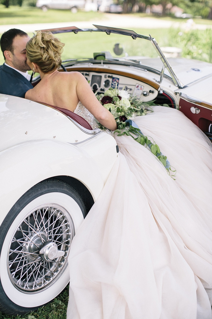 vintage getaway car | Kate Preftakes Photography | Glamour & Grace