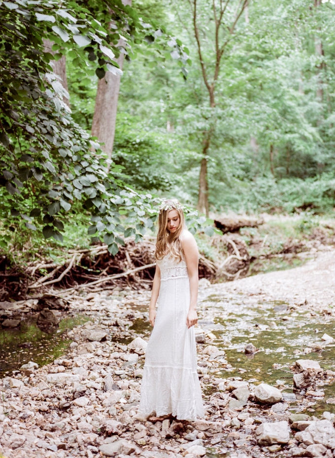 romantic riverside boudoir | Lissa Ryan Photography | Glamour & Grace