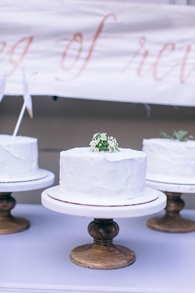 white cakes | Nikki Santerre | Glamour & Grace