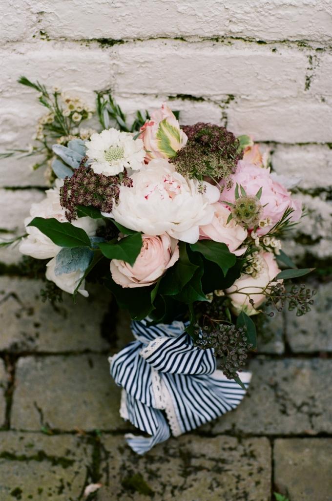 romantic bouquet | White Rabbit Studios | Glamour & Grace