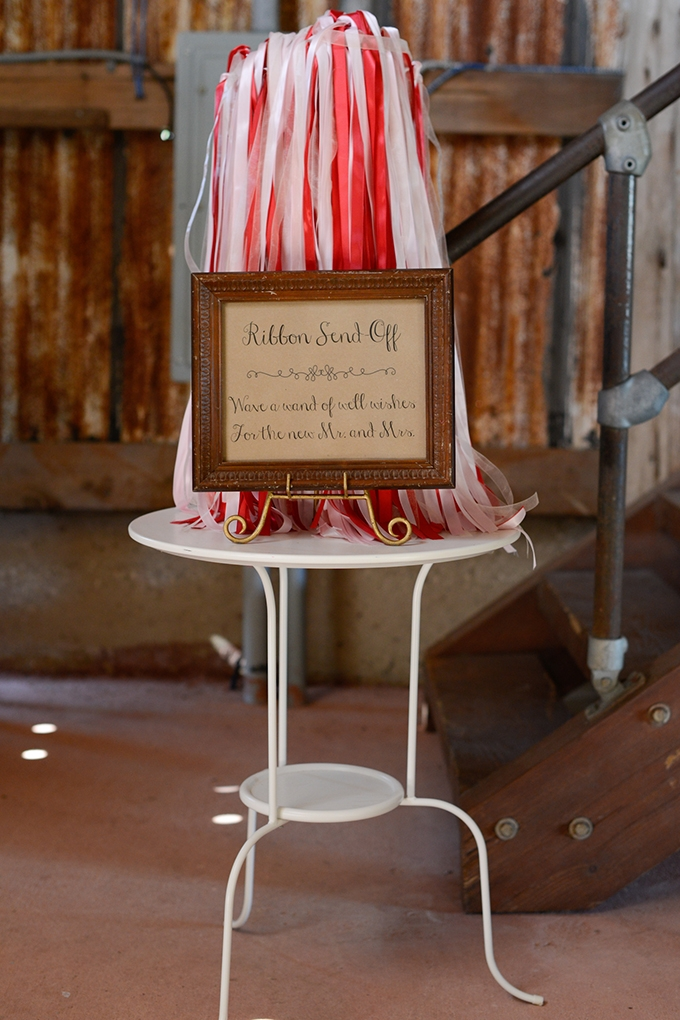 ribbon send off | Eureka Photography | Glamour & Grace