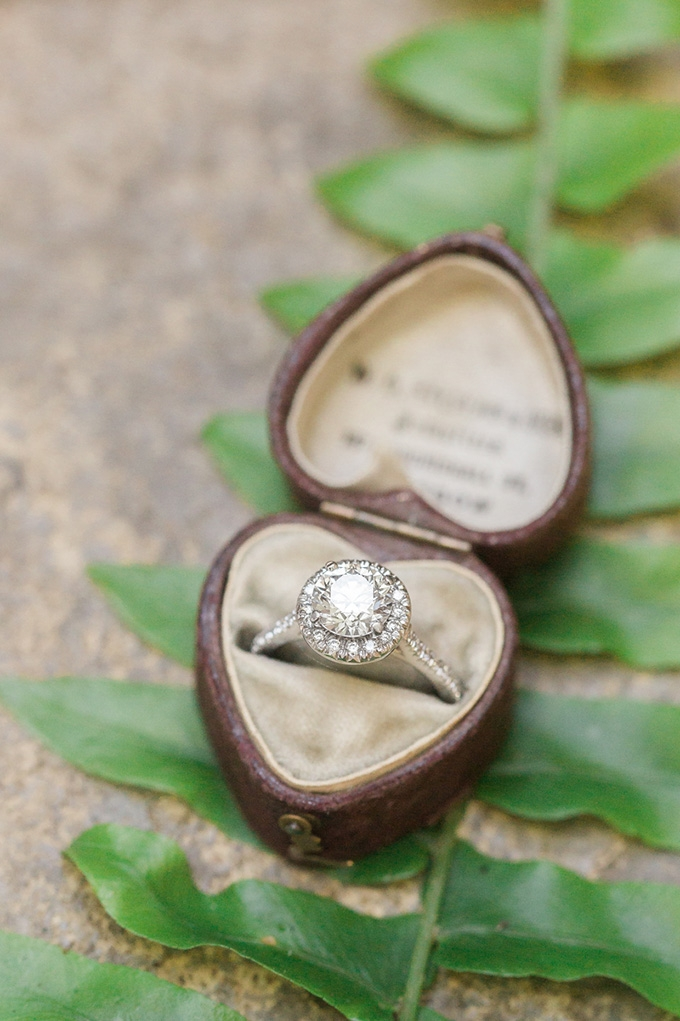 vintage heart shaped ring box | Alicia Lacey Photography | Glamour & Grace