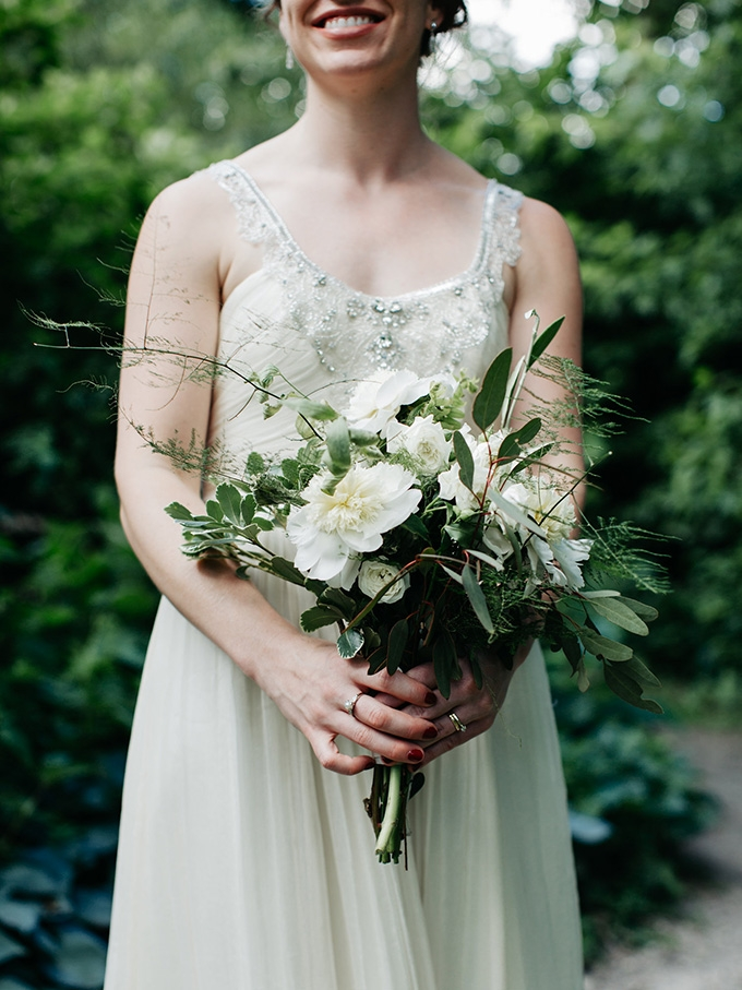 white and green bouquet | Perregeaux Wedding Photography | Glamour & Grace